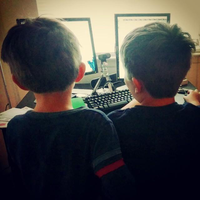 Jack and David playing Minecraft